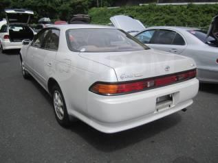 Стекло заднее. Toyota Mark II