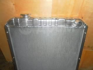 Радиатор охлаждения двигателя. Komatsu PC100