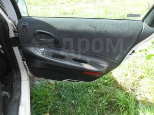 Обшивка двери. Chrysler Intrepid