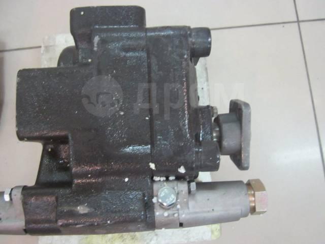 Насос. Komatsu 175C