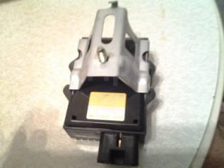 Блок управления топливным насосом. Toyota Supra, JZA80