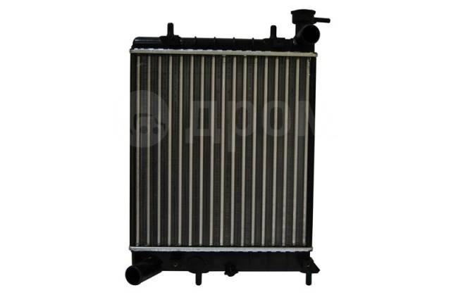 Радиатор охлаждения двигателя. Hyundai Accent, LC, LC2 Двигатели: G4EA, G4EB, G4ECG, G4EDG, G4EK