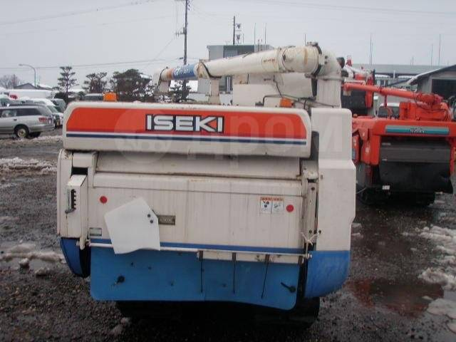 Iseki. Зерноуборочный Комбайн , 33 л.с.