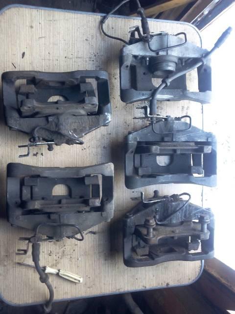 Суппорт тормозной. Audi: A6 allroad quattro, A8, A4, S6, A6, S8, S4 Двигатели: AKE, APB, ARE, ASB, AUK, BAS, BAU, BCZ, BEL, BES, BNG, BPP, BSG, ASE, A...