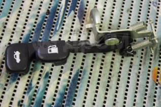 Ручка открывания багажника. Hyundai Solaris, RB