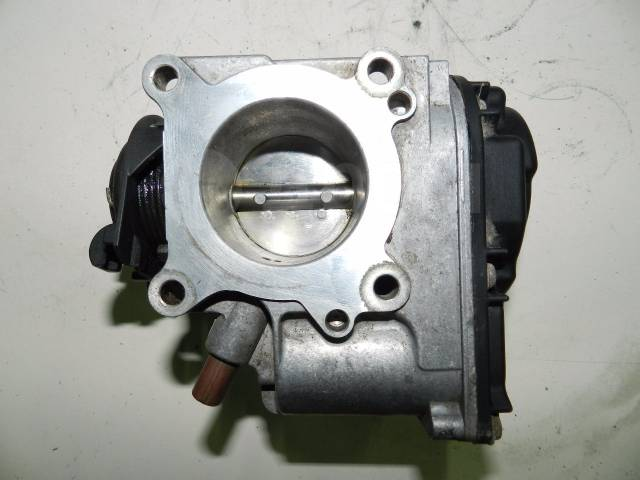 Заслонка дроссельная. Volkswagen Caddy Volkswagen Polo Двигатели: AEE, AEX, AKV, APQ, AUD