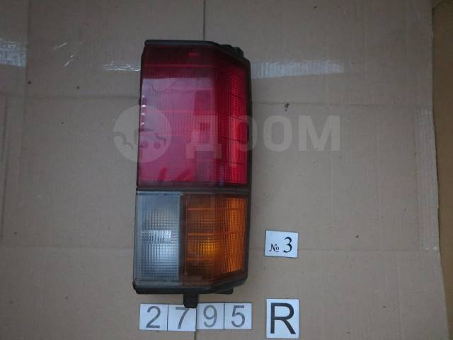 Стоп-сигнал. Nissan Vanette, VUJC22