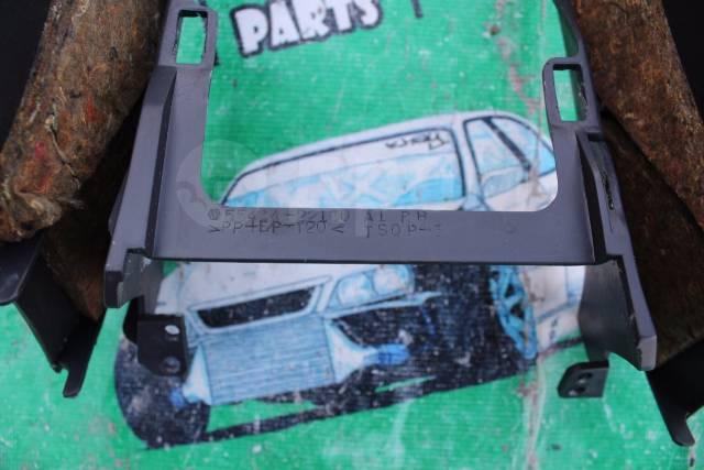 Пластик акпп салона Toyota chaser Mark II cresta JZX100. Toyota Mark II, JZX100 Toyota Cresta, JZX100 Toyota Chaser, JZX100