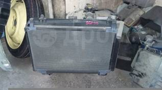Радиатор охлаждения двигателя. Toyota Vitz, SCP90