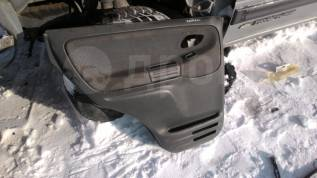 Обшивка двери. Chevrolet Tracker