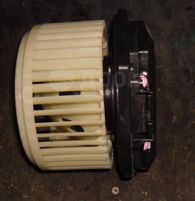 Мотор печки. Infiniti: QX56, QX70, M45, Q40, G25, QX50, Q60, FX45, EX35, Q45, EX37, FX30d, G35, QX60, FX50, QX80, M35, Q50, G37, FX35, JX35, EX25, FX3...