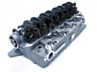 Головка блока цилиндров. Mitsubishi: L200, L300, Pajero, Delica, Montero, Challenger Двигатель 4D56