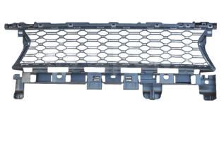 Решетка радиатора. Renault Logan, L8 Renault Sandero Двигатели: H4M, K4M, K7M