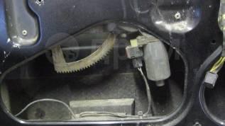 Стеклоподъемный механизм. Saab 900