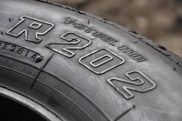 Bridgestone R202. Летние, 2014 год, 10%, 2 шт