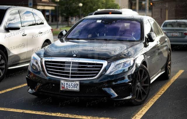 Эмблема. Mercedes-Benz Mercedes