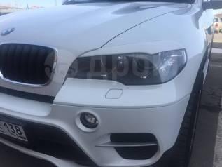 Накладка на фару. BMW X5, E70 Двигатели: M57D30TU2, M57TU2D30, N52B30, N55B30, N57D30OL, N57D30S1, N57D30TOP, N57S, N62B48, N63B44, S63B44, S63B44O0