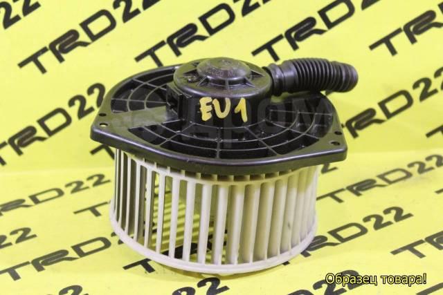 Мотор печки. Honda FR-V Honda Edix, BE2, BE4, BE1, BE3, BE8 Honda Civic, EP3, EU4, EU3, EU1, EU2 Honda Integra, DC5 Двигатели: D17A2, K20A9, N22A1, R1...