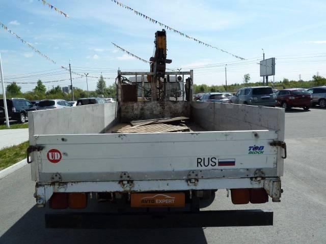 Nissan Diesel. Бортовой грузовик с манипулятором Nissan Diezel 1994, 7 000куб. см., 3 500кг.