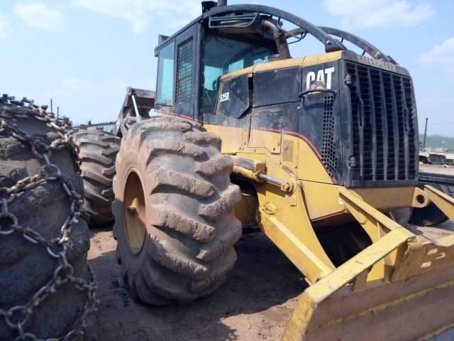 Caterpillar 525B. Продам САТ 525 В колесный скиддер, 9 000куб. см., 17 000,00кг.