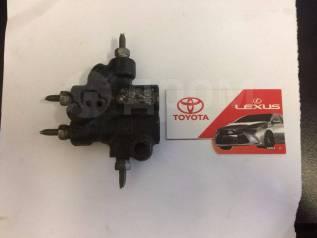 Регулятор давления тормозов. Toyota: Carina, Vista, Corona, Caldina, Sprinter Carib, Camry, Corolla Lexus ES300, MCV10, VCV10 Двигатели: 2CT, 3CTE, 3S...
