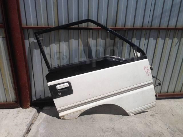 Продам уплотнительную резинку на дверь Митсубиси Делика. Mitsubishi L300, P01V, P01W, P02V, P02W, P03V, P03W, P04V, P04W, P05V, P05W, P06V, P12V, P12W...
