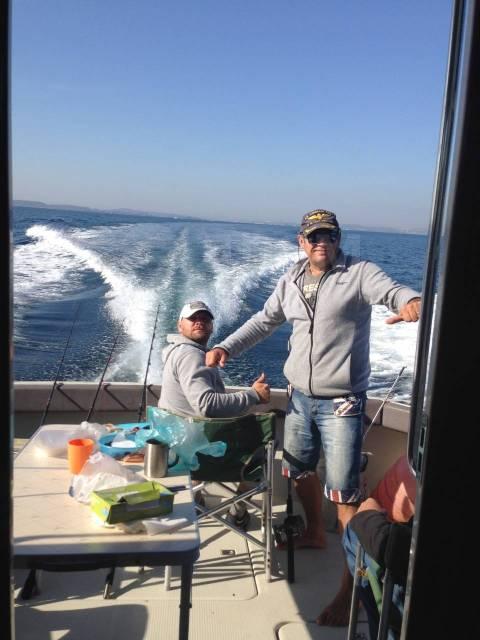 Аренда катера Carver 34 фута, (11.5 м. ) Владивосток. 12 человек, 25км/ч