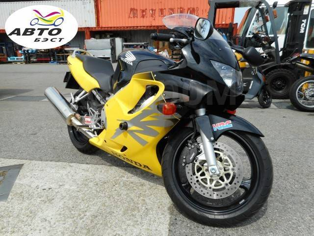 Honda CBR 600F. 600куб. см., исправен, птс, без пробега