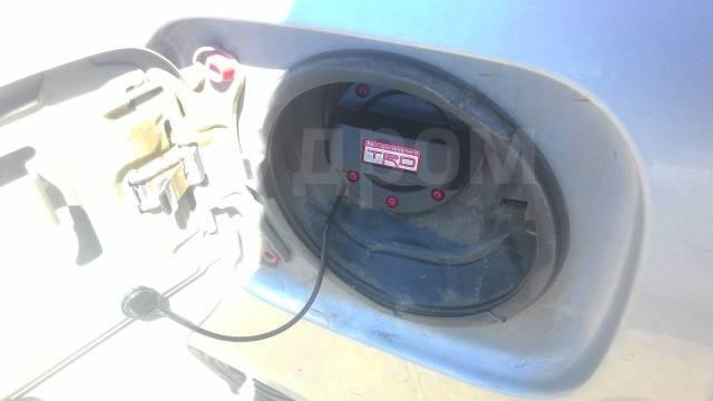Крышка топливного бака. Toyota Mark X Toyota Chaser, JZX100 Двигатели: 1JZGE, 1JZGTE