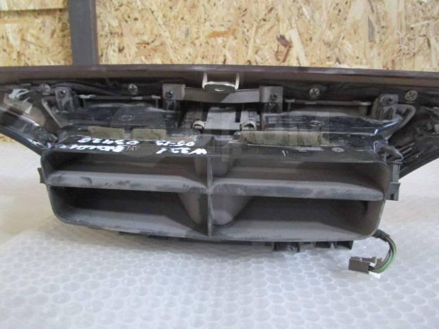 Накладка центральной консоли (на торпедо) Mercedes Benz (W221) 2005-20. Mercedes-Benz S-Class, W221