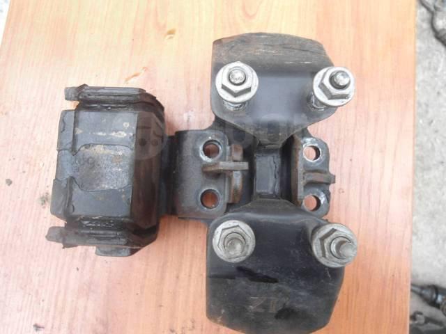 Подушка коробки передач. Toyota Origin, JCG17 Toyota Progres, JCG10, JCG11 Двигатели: 2JZGE, 1JZGE