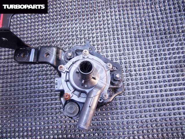 Помпа инвертора. Toyota Prius, ZVW30, ZVW30L Двигатель 2ZRFXE