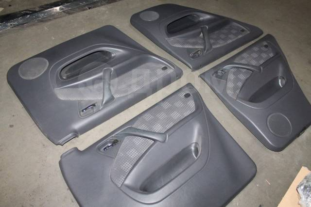 Комплект дверных обшивок Mercedes-Benz w163 ML. Mercedes-Benz M-Class, W163