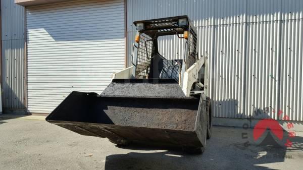 TCM. 643 бобкат (bobcat, погрузчик фронтальный), ковш 0,60 кубов., 650кг., Дизельный, 1,00куб. м. Под заказ