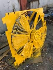 Вентилятор охлаждения радиатора. Komatsu D355A-3