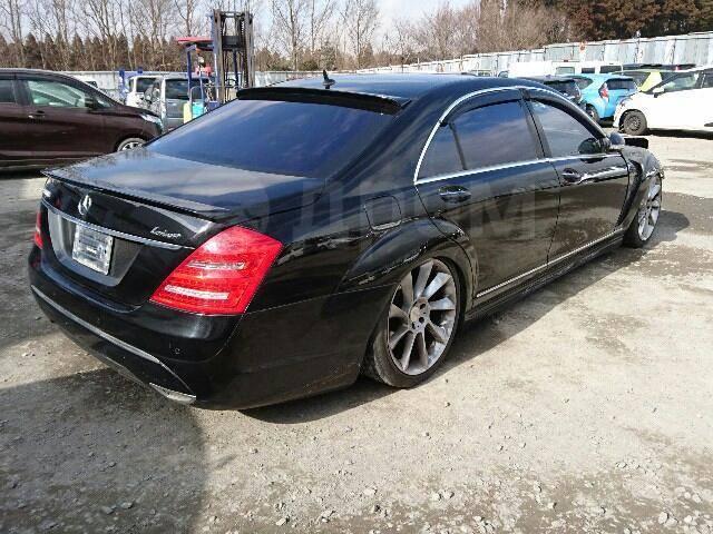 Бампер. Mercedes-Benz S-Class, W221