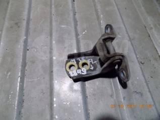 Крепление двери. Infiniti M35, Y50