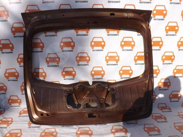 Дверь багажника Renault Sandero