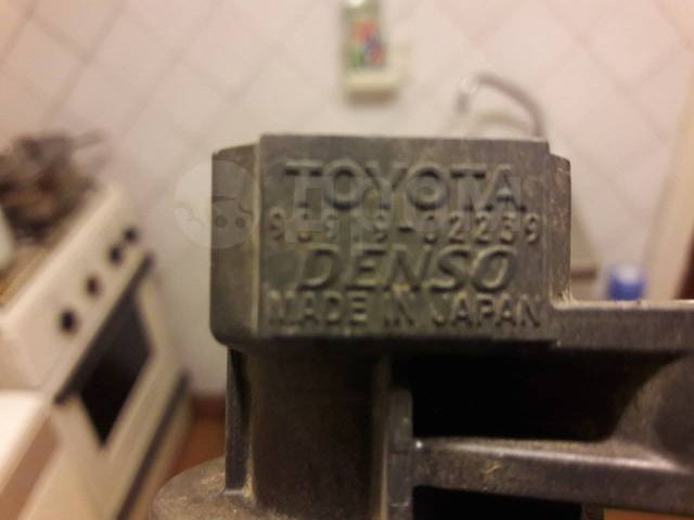 Катушка зажигания, трамблер. Toyota: Allion, Allex, Avensis, Corolla, MR-S, Altezza, Opa, Vista, Caldina, Vista Ardeo, Matrix, Voltz, Isis, Aygo, Coro...