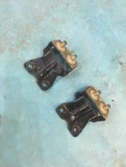 Крепление крышки багажника. Subaru Legacy, BP5