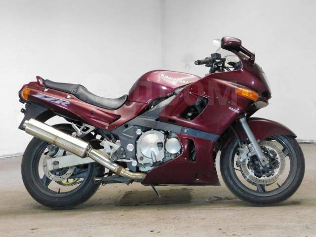 Kawasaki ZZR 400. 400куб. см., исправен, птс, без пробега