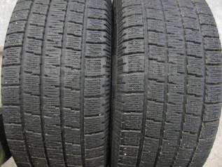 Pirelli. Зимние, без шипов, 2011 год, 10%, 2 шт