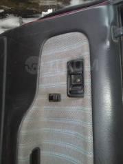 Кнопка стеклоподъемника. Mazda Familia