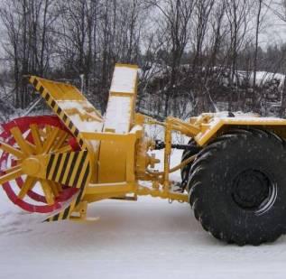 Кировец К-700. Фрезерно-роторный снегоочиститель К-700, К-701