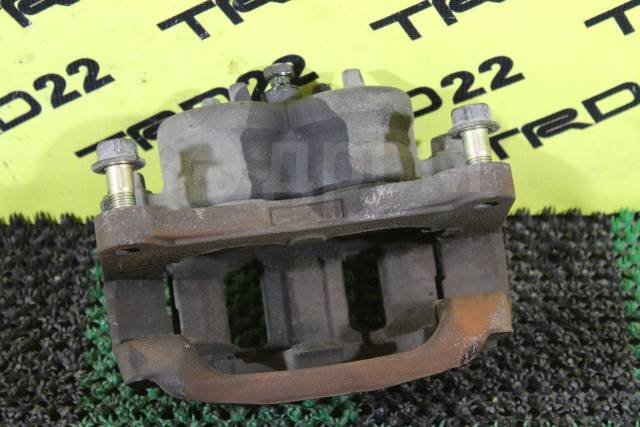 Суппорт тормозной. Mitsubishi: Grandis, Proudia, Pajero, Montero, Dignity Двигатели: 4G69, 6G74, 8A80, 4D56, 4M40, 4M41, 6G72, 6G75