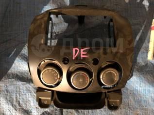 Консоль центральная. Mazda Demio, DE3FS