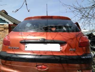 Дверь багажника. Peugeot 206, 2A/C, 2B, 2D, 2E/K Двигатели: DV4TD, DW10TD, EW10J4, TU1JP, TU3A, TU3JP, TU5JP4