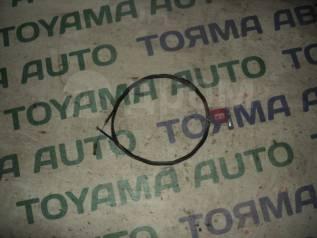 Тросик замка капота. Toyota Vista, SV30