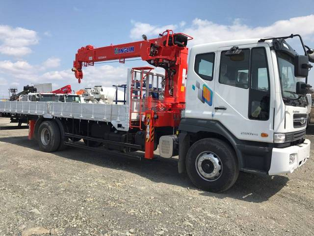 Daewoo Novus. 8 тонн DL-06 2018 года с КМУ Kanglim KS1256, 5 890куб. см., 8 000кг., 4x2
