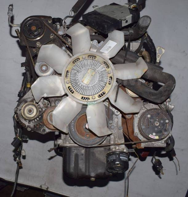 Двигатель в сборе. Mitsubishi Delica, PD6W, PF6W Двигатель 6G72